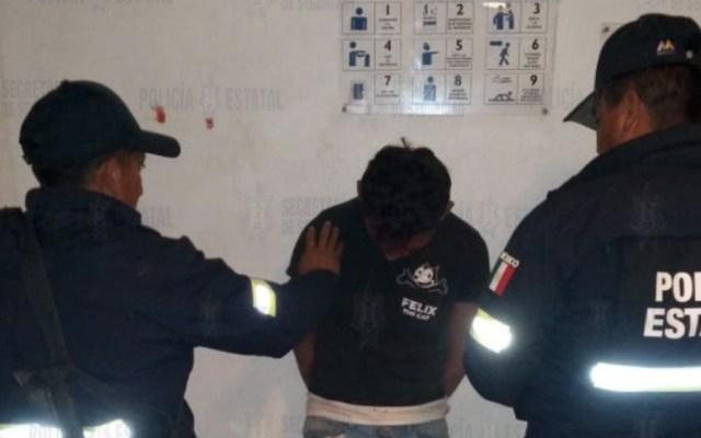 Rescatan a hombre de ser linchado en el Estado de México - Foto de @SS_Edomex