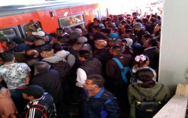 Se arroja mujer a vías del Metro Hidalgo - línea 2 del metro suicidio
