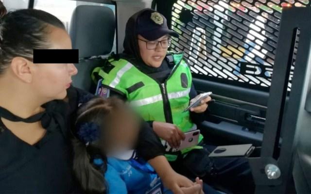 Prohíben a mujer acercarse a su hija de seis años tras golpearla - madre golpea hija escuela