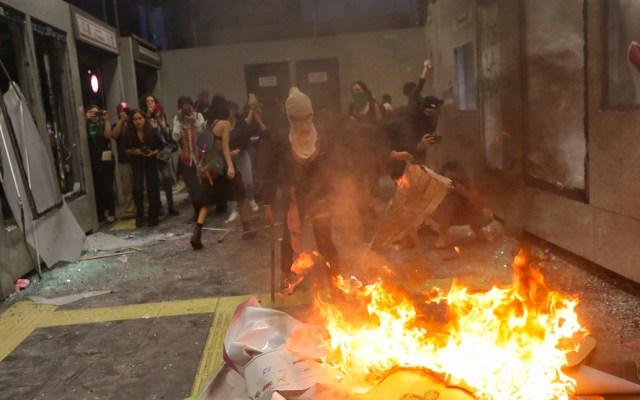 Policía capitalina no contuvo disturbios por prudencia: Jesús Orta - marcha