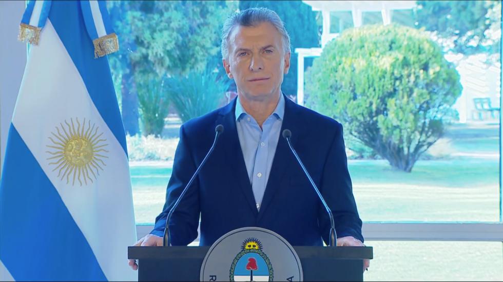 Macri anuncia medidas económicas para la clase media argentina - El presidente argentino Mauricio Macri anuncia medidas económicas para la clase media argentina. Captura de Pantalla.