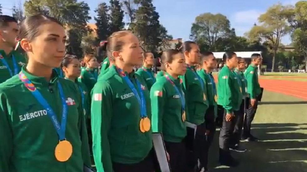 #Video Dan insignias a militares que obtuvieron medallas en Lima 2019 - Medallistas militares en Lima 2019. Captura de pantalla