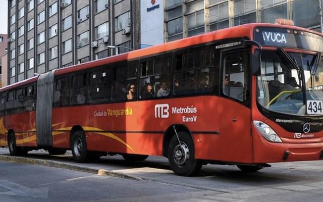 Claudia Sheinbaum negó que Metrobús esté en quiebra - Foto de internet