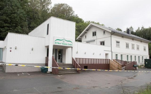 Policía de Noruega investigará como terrorismo tiroteo en mezquita - Mezquita en Noruega en la que un hombre desató un tiroteo. Foto de EFE