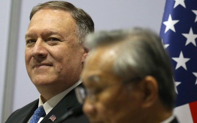 Pompeo aboga por dialogar con Corea del Norte tras el lanzamiento de misiles - Mike Pompeo. Foto de EFE/ EPA/ NARONG SANGNAK.