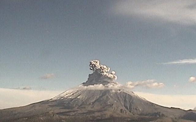Volcán Popocatépetl reportó 147 exhalaciones en las últimas 24 horas - Foto de Cenapred