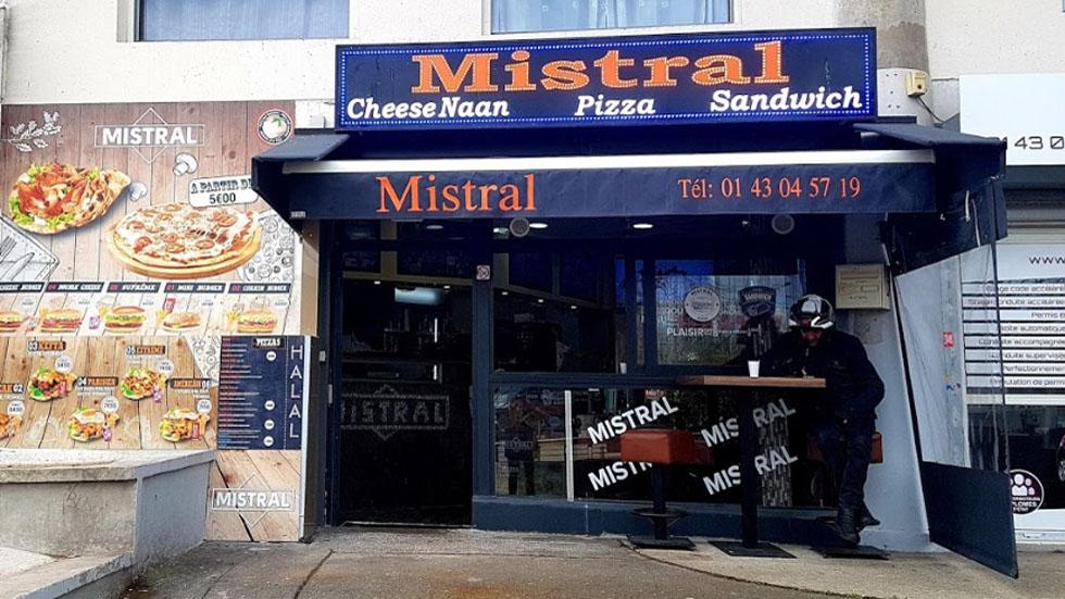 Cliente asesina a mesero por sándwich en Francia - Restaurante Mistral den Francia onde un cliente asesinó a un mesero. Foto de Maher Ben Sassi / Google Maps