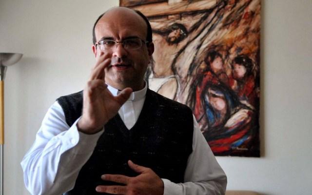 Costa Rica solicita a México extradición de sacerdote acusado de pederastia - Sacerdote Mauricio Viquez Lizano. Foto de La Nación