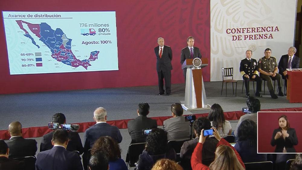 Libros de texto estarán a tiempo en las escuelas: López Obrador