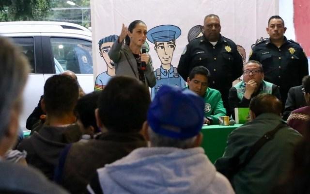 Sheinbaum pide a policías trabajar con honestidad y cerca de la gente - Sheinbaum en Tláhuac. Foto de @Claudiashein