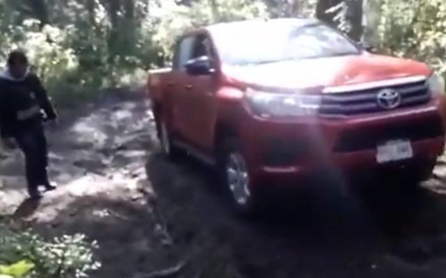 #Video Rescatan a pareja en Los Dinamos - Captura de pantalla