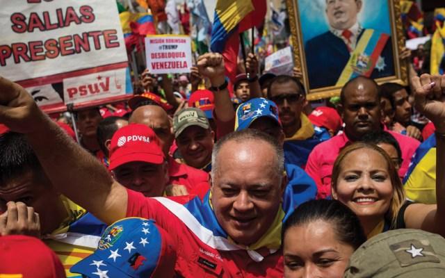 Chavistas protestan contra bloqueo de EE.UU. a Venezuela - Foto de EFE
