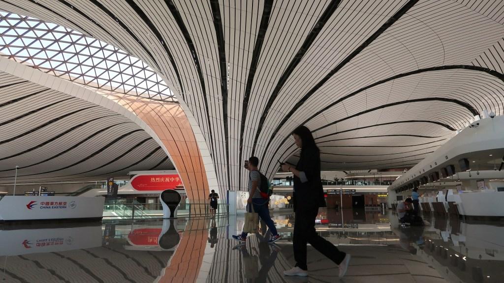 Inicia operaciones el nuevo mega aeropuerto internacional de China - Aeropuerto Internacional Daxing de Beijing. Foto de EFE