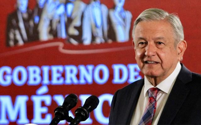 AMLO prevé programa de contratación de médicos y especialistas - López Obrador médicos