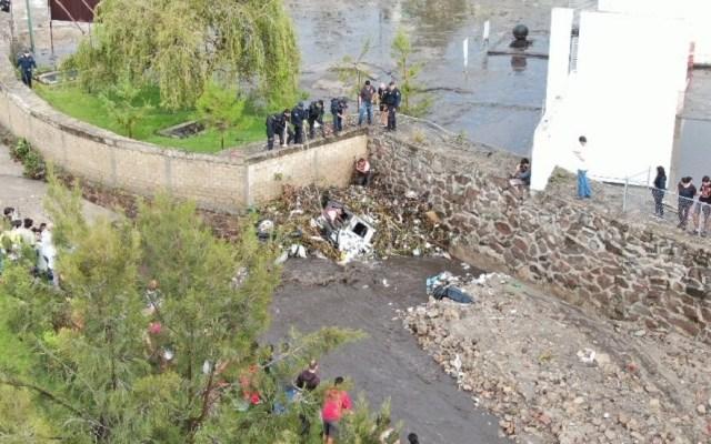Suman cinco muertos por crecida de arroyo en Tlajomulco de Zúñiga, Jalisco - Afectaciones en Tlajomulco por crecida del arroyo 'La culebra'. Foto de @PCJalisco