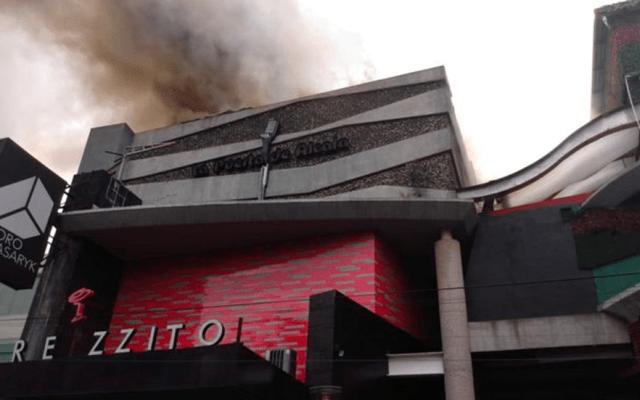 Controlan incendio en bar de Polanco - barezzito