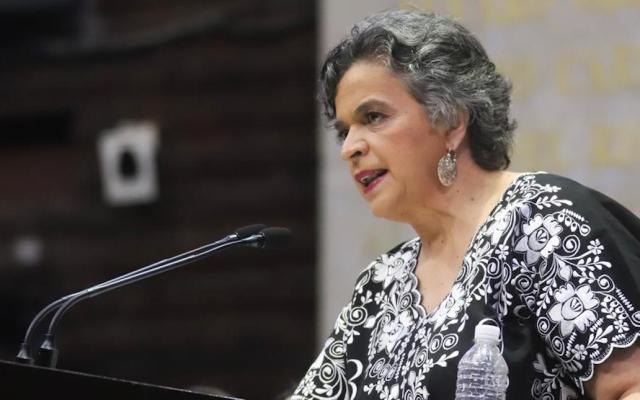 """PRI demanda congruencia al gobierno para """"construir una democracia y no una dictadura"""" - Beatriz Paredes Rangel. Foto de @CanalCongreso"""