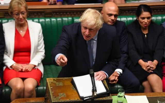 Boris Johnson desafía a la oposición en el Parlamento y estos exigen su renuncia - Boris Johnson