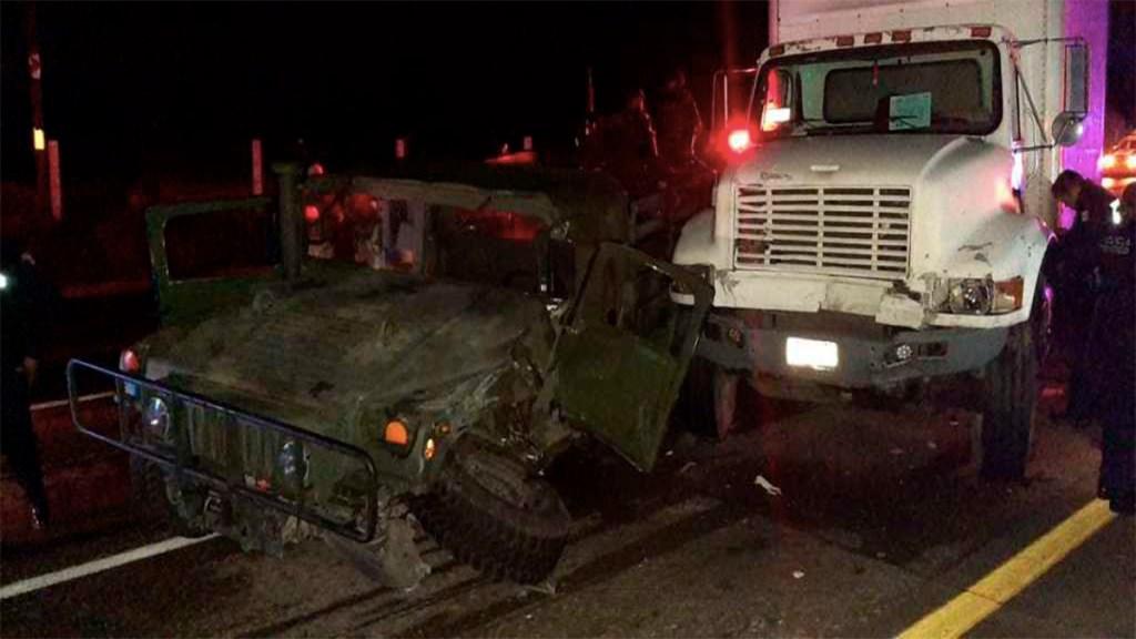 Choca camión contra vehículo de la Sedena en el Estado de México. Noticias en tiempo real