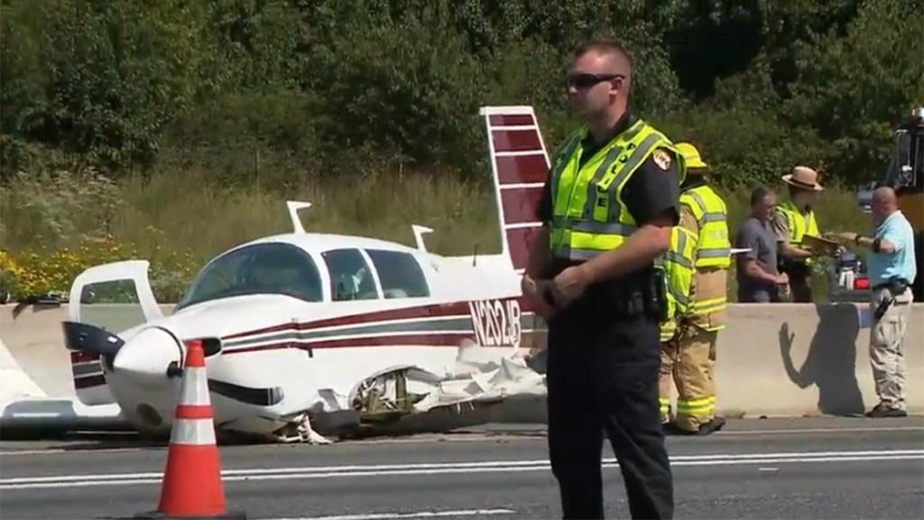 Avión pequeño impacta auto en carretera de Maryland - chocan avión pequeño y vehículo en Maryland