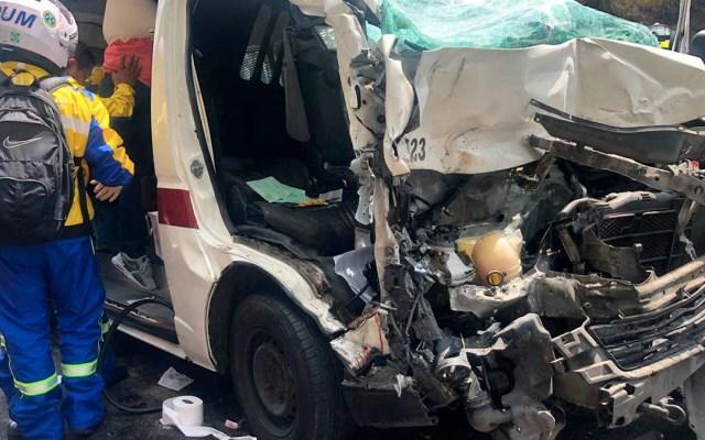 Choque de combi en la autopista México-Pachuca deja 10 lesionados - choque de combi en la autopista méxico-pachuca deja 10 lesionados
