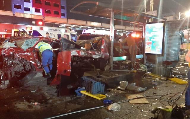 Choque deja dos muertos y un herido en Tlalpan - Choque deja dos muertos y un herido en Tlalpan