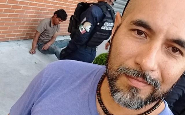 Ciclista golpea a ladrón y se toma 'selfies' con él - Ciclista golpea ladrón Puebla estados delincuente
