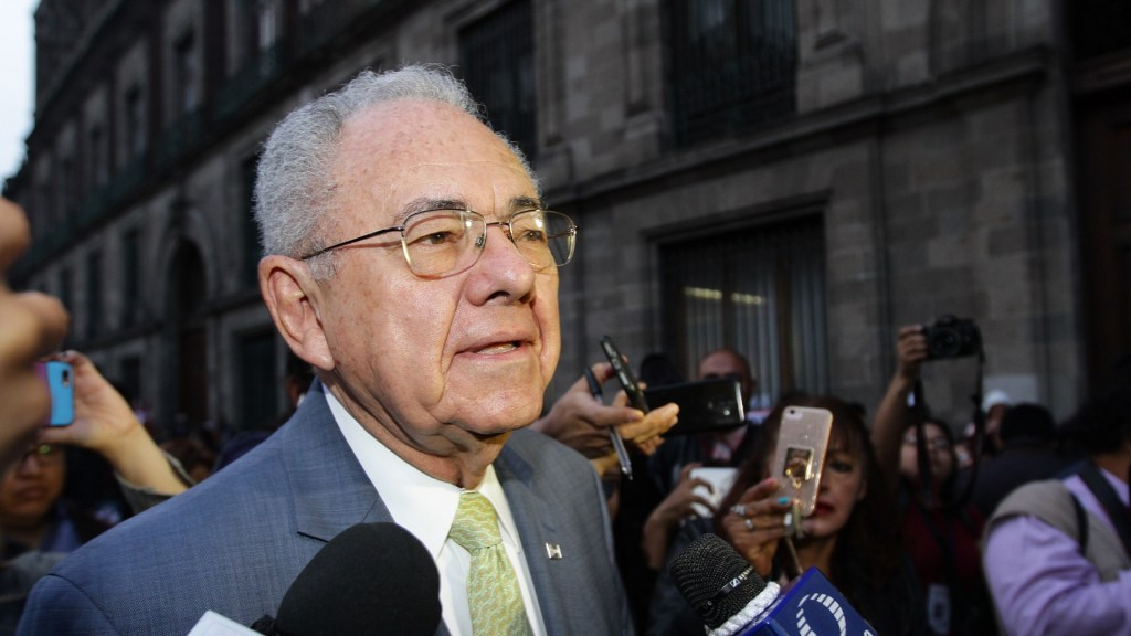 Manifestantes impiden ingreso de Jiménez Espriú a Palacio Nacional. Noticias en tiempo real