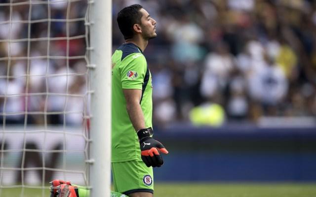 Error de Corona rescata empate de Pumas ante Cruz Azul - Foto de Mexsport.
