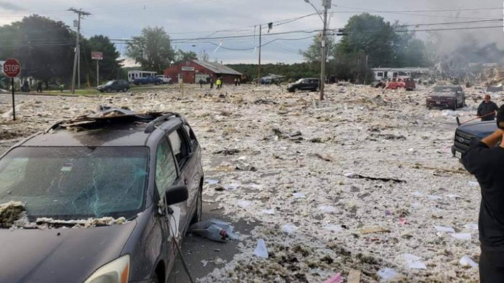 Explosión en asociación benéfica deja un bombero muerto en Maine - Maine Farmington explosión LEAP