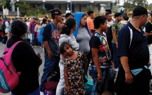 Presidente electo de Guatemala conversa en México sobre crisis migratoria - migrantes