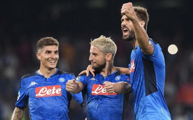 Con Hirving 'Chucky' Lozano como titular, el Napoli dio una de las sorpresas de la jornada y derrotó al Liverpool, vigente campeón de Europa, por marcador de 2-0 en San Paolo - Foto de @sscnapoli