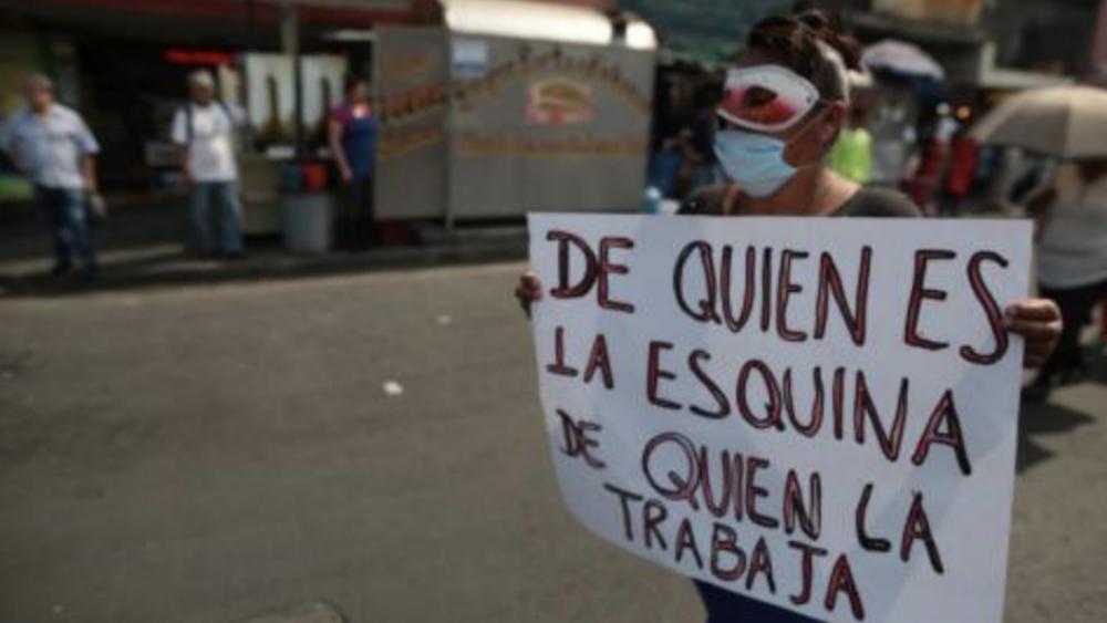 Iniciativas sobre trabajo no asalariado en la CDMX caen en proxenetismo de Estado: asociación civil - Foto de Brigada Callejera de Apoyo a la Mujer
