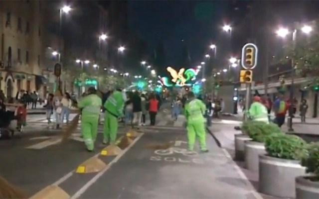 Retiraron 139 toneladas de basura tras festejos en el Zócalo - retiro de basura zócalo
