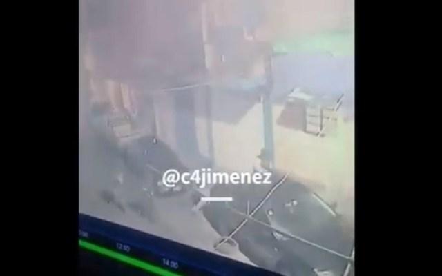 #Video Tirotean casa de familia de exreo asesinado en la CDMX - Tiroteo a casa de exreo asesinado. Captura de pantalla / @c4jimenez