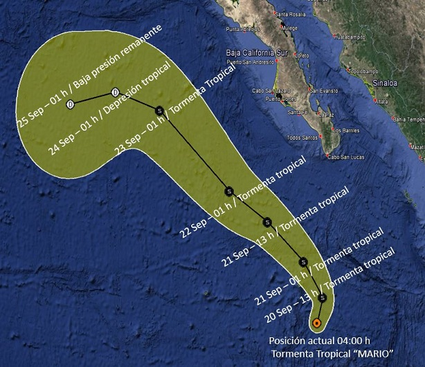 Huracán Lorena castiga la península de Baja California