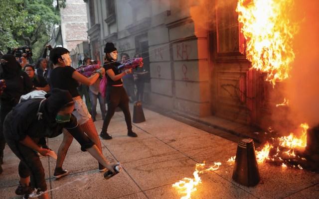 """Coparmex pide a autoridades dejar la """"pasividad"""" en marchas vandálicas - Foto de EFE"""