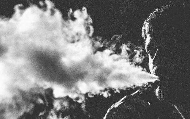 Gobernador de Nueva York prohíbe los cigarros electrónicos con sabores - Foto de Rubén Bagüés para Unsplash