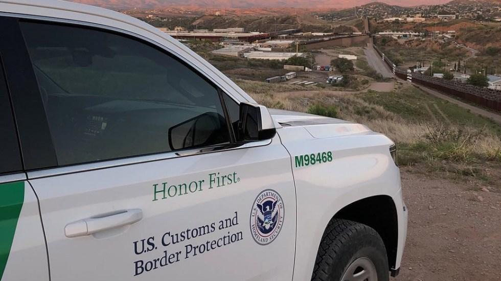 Juez bloquea restricción para solicitar asilo en Estados Unidos - Vehículo de la Oficina de Aduanas y Protección Fronteriza de EE.UU. en la frontera. Foto de @customsborder