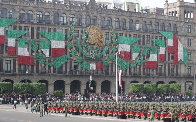 Todo listo en el Zócalo para el Desfile Militar - Foto de Notimex-Gustavo Durán.