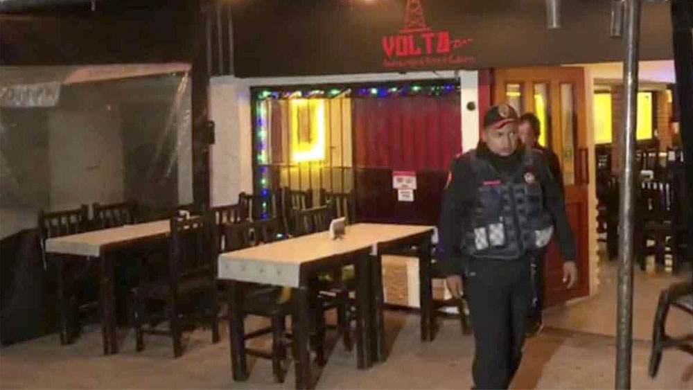 Hombres armados asaltan a clientes de restaurante en la colonia Narvarte - Hombres armados asaltan a clientes de restaurante en la colonia Narvarte