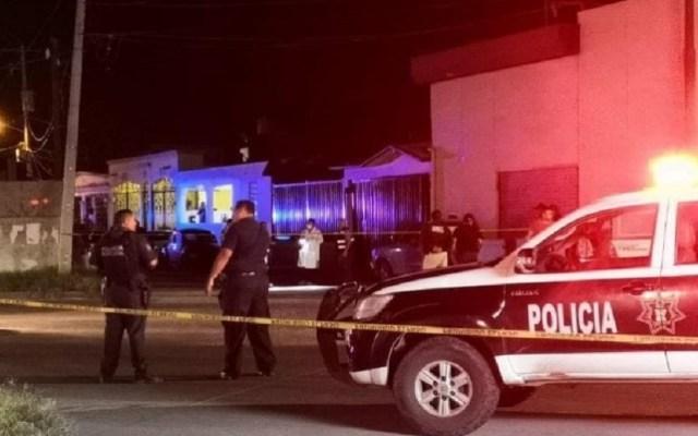 Comando ataca casa de alcaldesa de Guaymas, Sonora - Ataque a casa de la alcaldesa de Guaymas, Sara Valle. Foto de Canal 7 SLP