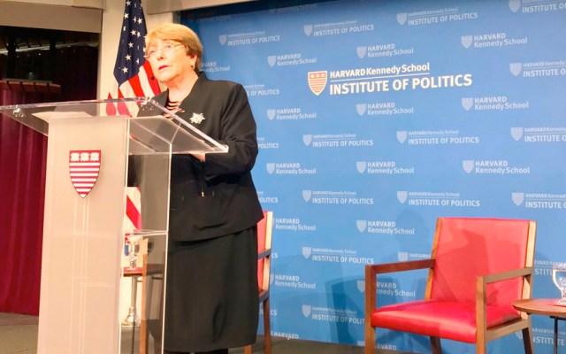 Bachelet pide diálogo entre Gobierno de Chile y sociedad civil - Michelle Bachelet