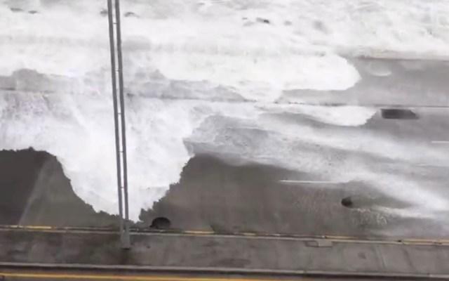 Mar sale de la playa y alcanza las calles en Veracruz - Boca del Río Veracruz lluvias