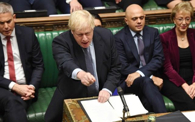 Johnson solicita por carta la prórroga del Brexit pero no la firma - Foto de EFE