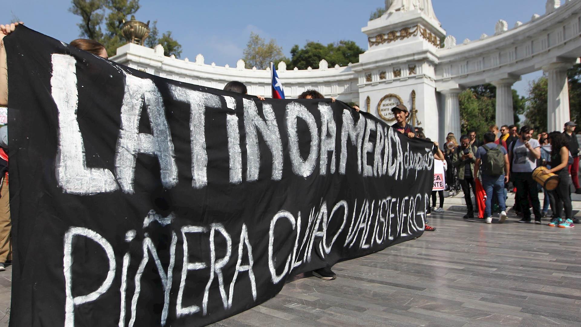 Chilenos marchan Ciudad de México protesta 2