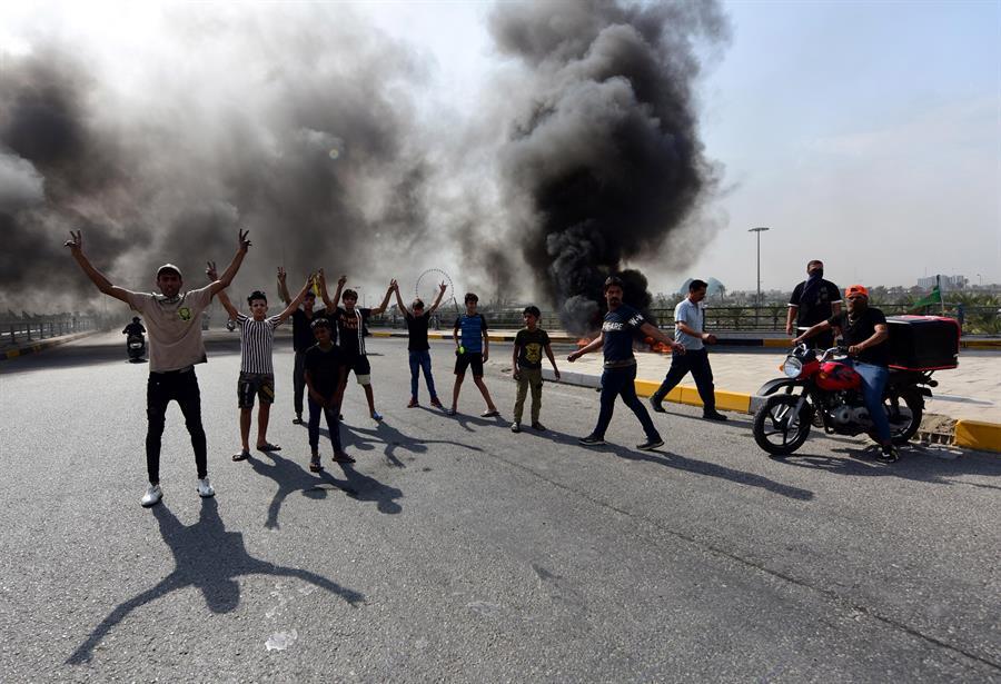 Hay más de 60 irakíes muertos en protestas
