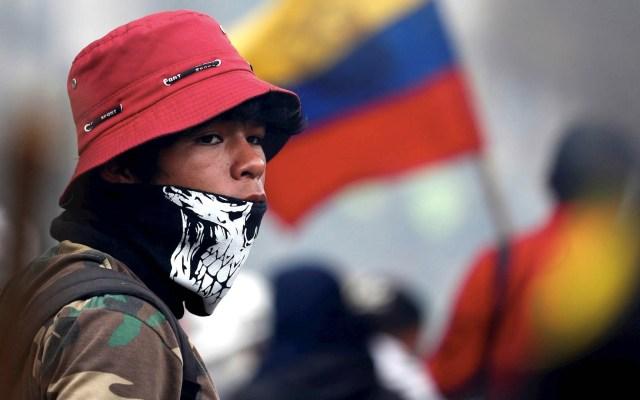 Ecuatorianos desafían el toque de queda para continuar las protestas - Ecuador protestas toque de queda