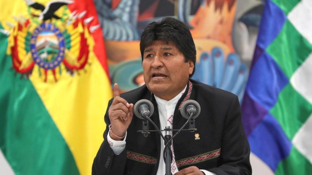 Evo Morales espera que informe de OEA sobre elecciones no sea político - El presidente de Bolivia, Evo Morales, en una comparecencia hoy miércoles ante los medios en La Paz tras dos días de protestas en el país por la sospecha de un fraude electoral a su favor. Foto de EFE/Martin Alipaz
