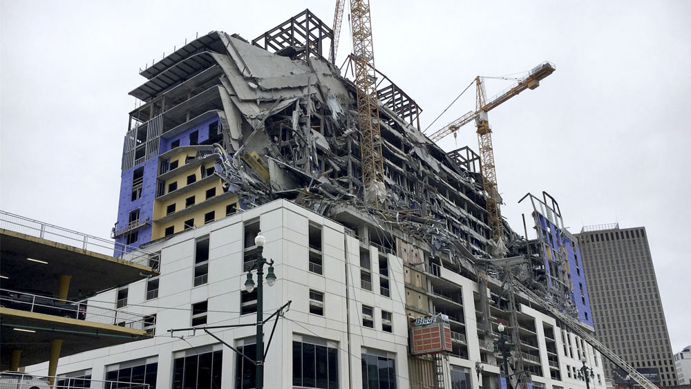 Difunden video del colapso de fachada de hotel en Nueva Orleans